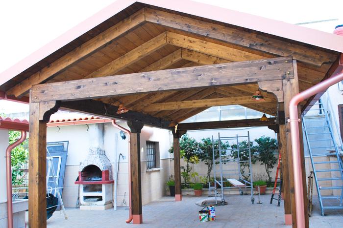 Coperture in legno su misura per esterni for Arredi esterni per terrazze